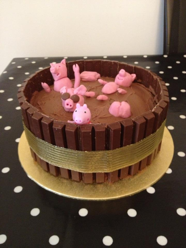 leighs-pig-cake.jpg