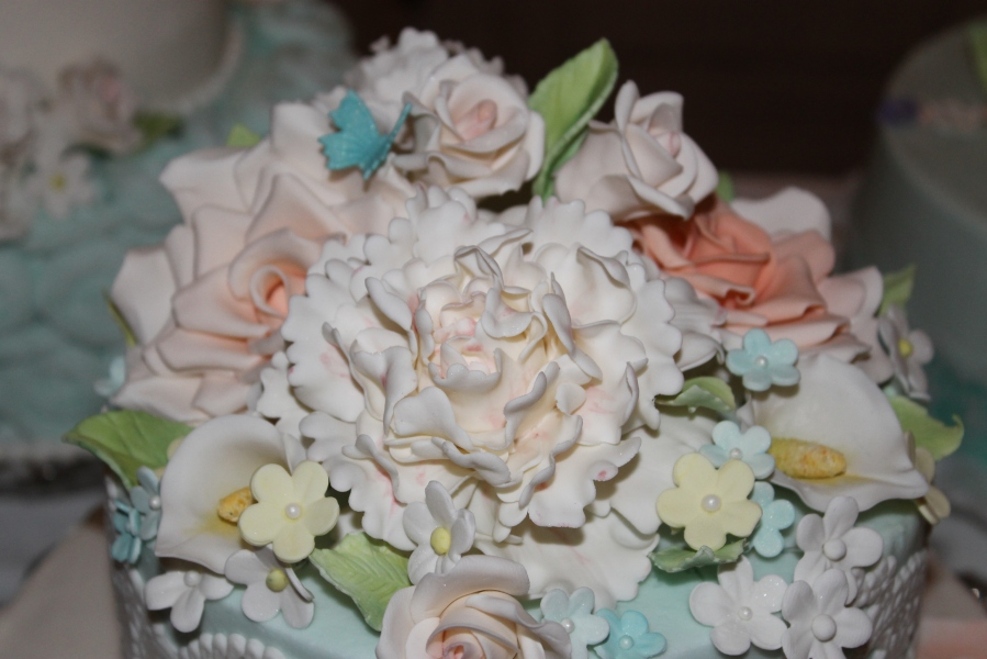 gumpaste peony and roses
