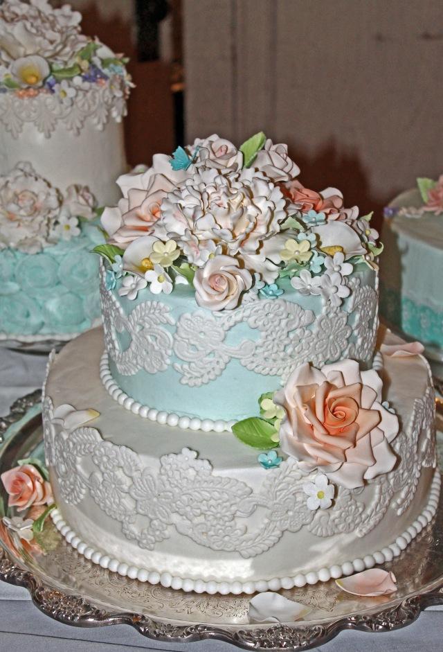 Robins Cake