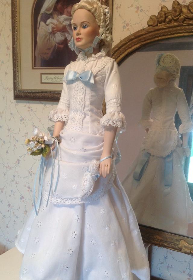 Grace Kelly in High Noon wedding dress