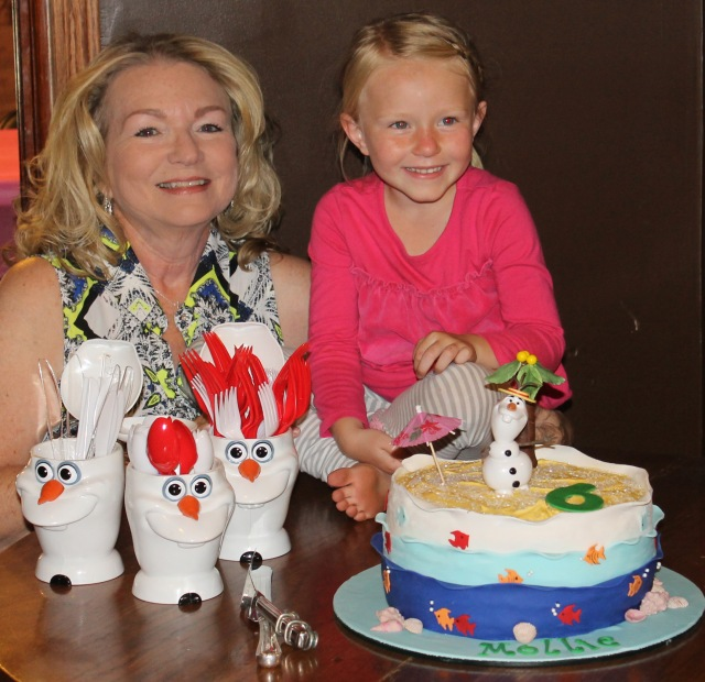Olaf in the Summer cake