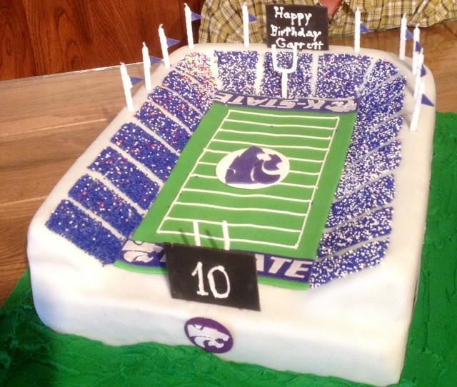 Kansas State, football stadium, cake, Powercat