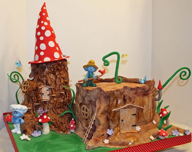 tree stump Smurf cake with mushrooms