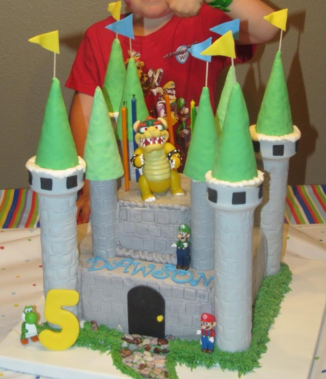 Bowzer castle Marion Brothers cake